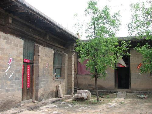 北方古朴的农家小院
