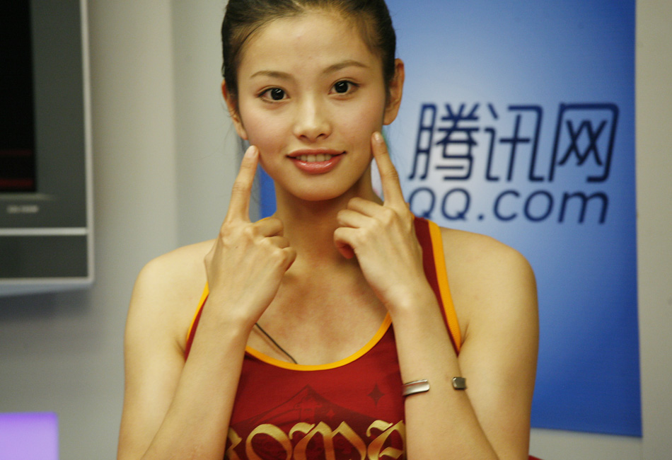 奥运美女举牌引导员